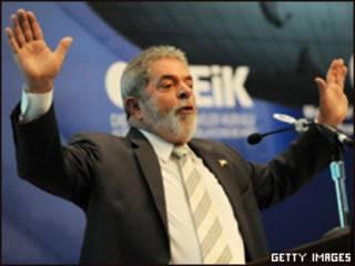 O presidente Luiz Inácio Lula da Silva em Istambul, na Turquia