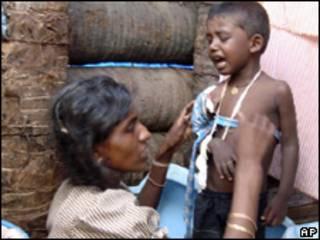Refugiados tâmeis no Sri Lanka (AP,13/5)
