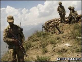 Militares paquistaníes en el valle de Swat.