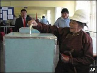 Người đi bầu ở Ulan Bator
