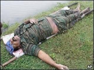 عکسی که دولت سری لانکا می گوید پیکر پرابهاکاران را نشان می دهد