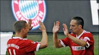 Ribery (phải) (Getty Image)