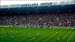 Sân St James Park - sân nhà của Newcastle
