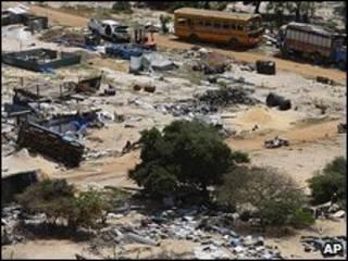 Escombros en la zona de conflicto