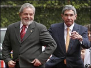 Os presidentes do Brasil, Luiz Inácio Lula da Silva, e da Costa Rica, Óscar Arias, durante encontro nesta quarta-feira (AP)
