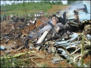 Hiện trường vụ nổ máy bay