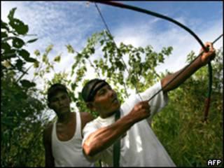 Indígenas da região amazônica peruana (AFP, 9/6)
