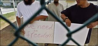Uigures protestan en Guantánamo