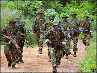 Militares de Corea del Sur durante un entrenamiento