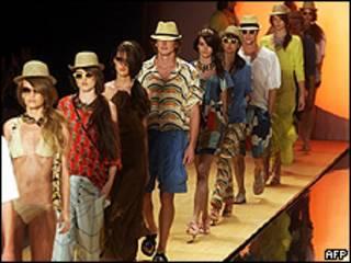 Desfile da Totem na última Fashion Week do Rio de Janeiro