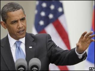 O presidente dos Estados Unidos, Barack Obama, durante coletiva de imprensa conjunta com o presidente da Coreia do Sul, Lee Myung-bak, na Casa Branca
