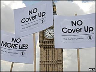 Protestas en Londres por un informe sobre la guerra de Irak.
