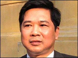 Luật sư Cù Huy Hà Vũ, nguyên đơn trong vụ kiện thủ tướng Nguyễn Tấn Dũng