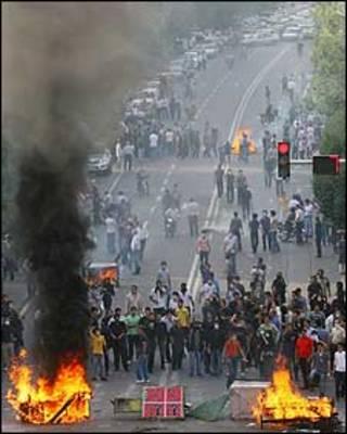 عکس آرشیوی از ناآرامی های اخیر ایران