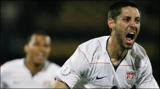 Clint Dempsey của đội Mỹ