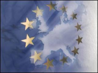 شعار الاتحاد الأوروبي على خلفية من القارة