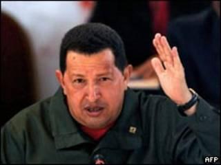 O presidente da Venezuela, Hugo Chévez, durante cúpula da Alba, nesta quarta-feira (AFP)