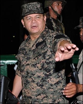 O chefe das Forças Armadas de Honduras, Romeo Vásquez. Foto AFP