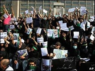 أنصار مير حسين موسوي في طهران