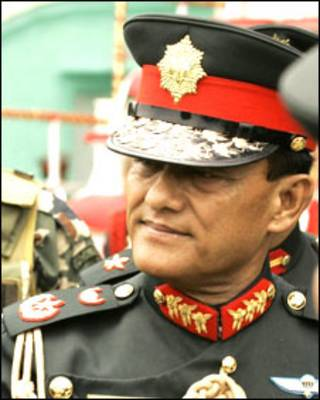 नेपाल के सेनाध्यक्ष रुकमनगुड कटवाल