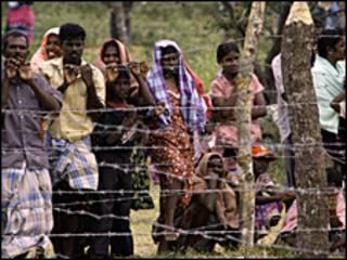 विस्थापित तमिल नागरिक