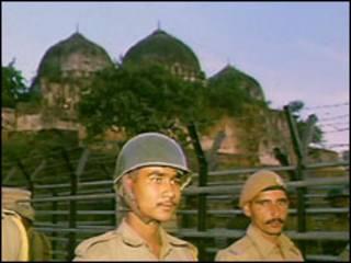 बाबरी मस्जिद (फ़ाइल फ़ोटो)