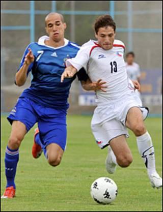 Gabriel Obertan (trái)