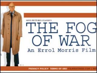 Filme The Fog of War (Cortesía http://www.sonyclassics.com/fogofwar/)