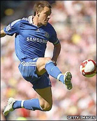 Thủ quân John Terry của Chelsea có hợp đồng ba năm với đội