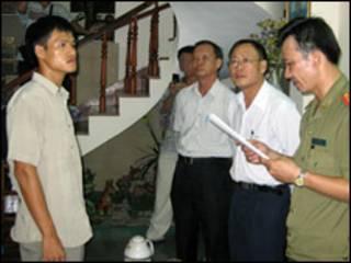 Nguyễn Tiến Trung khi bị bắt