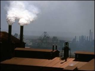 """""""تقنين انبعاثات الكربون ثم السماح ببيع حصصها جعل الظاهرة تستمر في التفاقم"""""""