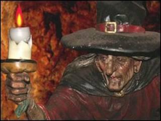 Estatua de bruja de Wookey Hole