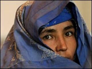 سيدة افغانية