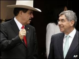 Manuel Zelaya e Oscar Arias. Foto: AP