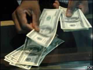 Dólares de Estados Unidos.