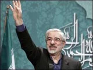 میر حسین موسوی (عکس از آرشیو)