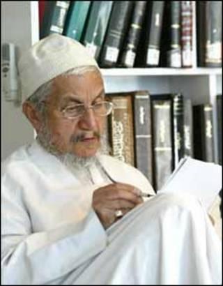 عکس از سایت آیت الله صانعی