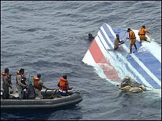 Resto del avión de Air France encontrado en el Océano Atlántico