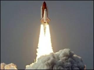 پرتاب شاتل اندور از مرکز فضایی کندی در فلوریدا