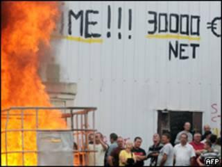 Protesta en la fábrica en Chatellerault, Francia