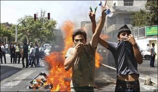 Protestas en Teherán de los simpatizantes de Mousavi.
