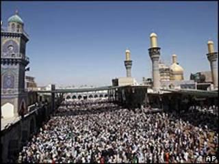 مئات الآلاف زاروا ضريح الإمام موسى الكاظم