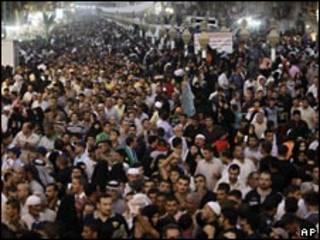 Fieles chiítas en Bagdad, Irak