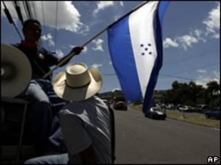 Partidarios del depuesto presidente de Honduras, Manuel Zelaya.