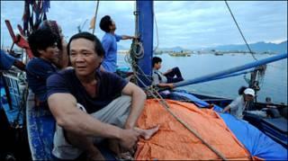 Ngư dân Nguyễn Nuôi tại Đà Nẵng (ảnh AFP chụp hôm 23/6)