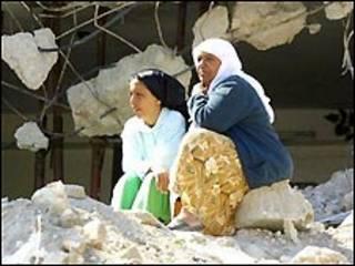 لاجئات فلسطينيات