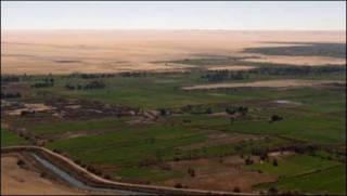 آبادی ابو منقار در صحرای آفریقا در مصر