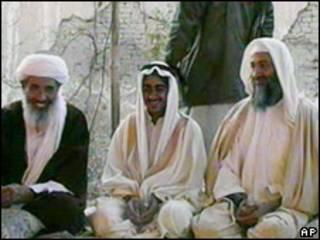 Saad Bin Laden, en el centro