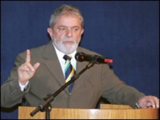 O presidente Luiz Inácio Lula da Silva participa de cúpula em Assunção nesta sexta-feira (Foto: Roosewelt Pinheiro/ABr, 22/7)