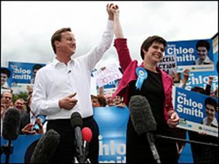 اصبحت سميث بفوزها اصغر نائبة بريطانية عمرا
